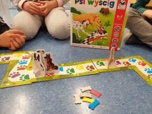 gra psi wyścig rozwój przez zabawę